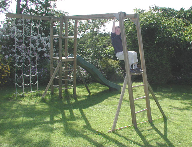 Beau Wooden Monkey Bars
